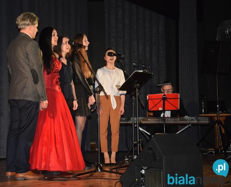 Koncert finałowy III Ogólnopolskiego Festiwalu Pieśni Legionowej