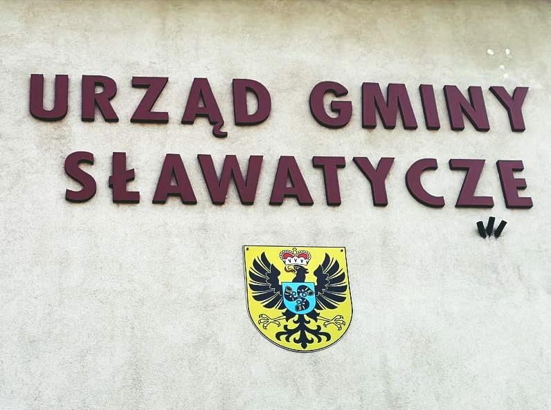 Kino pod gołym niebem w Sławatyczach