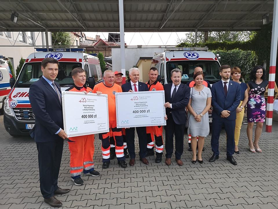 Nowe karetki trafią do punktów bialskiego pogotowia w Międzyrzecu i Radzyniu