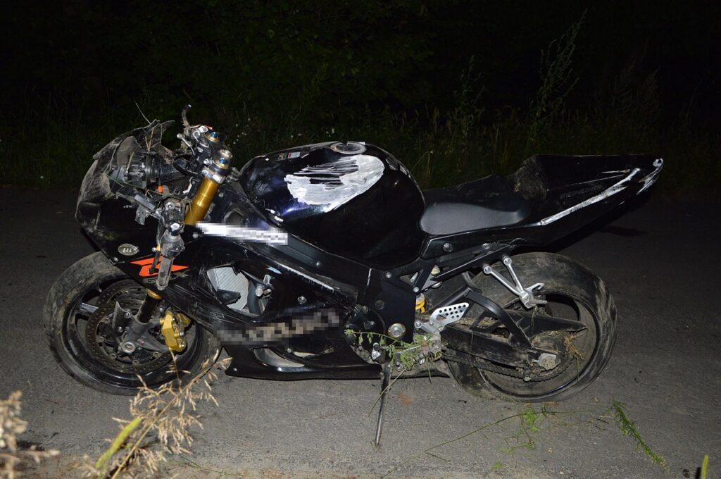 Stracił panowanie nad motocyklem i zjechał do rowu