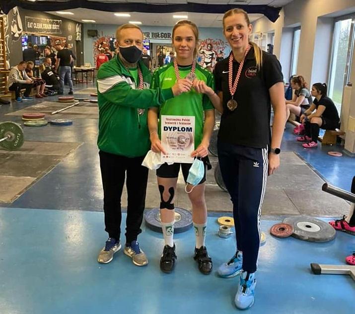 Studentka bialskiej AWF z brązowym medalem mistrzostw Polski w podnoszeniu ciężarów